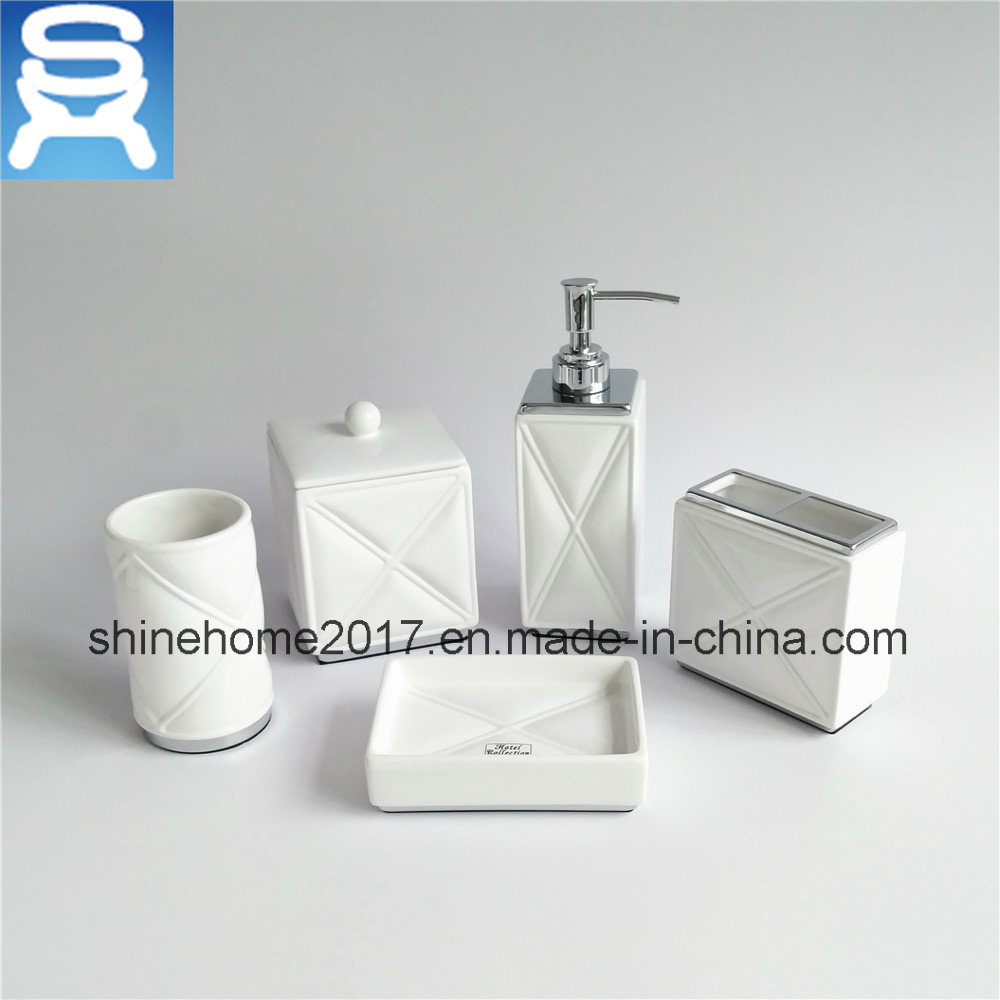 Chrome Plating and Porcelain Bathroom Set/Bathroom Accessories/Bathroom Accessory