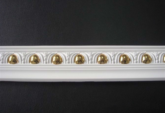 PU Decorative Carving Cornice Moulding with Hand Painted Golden