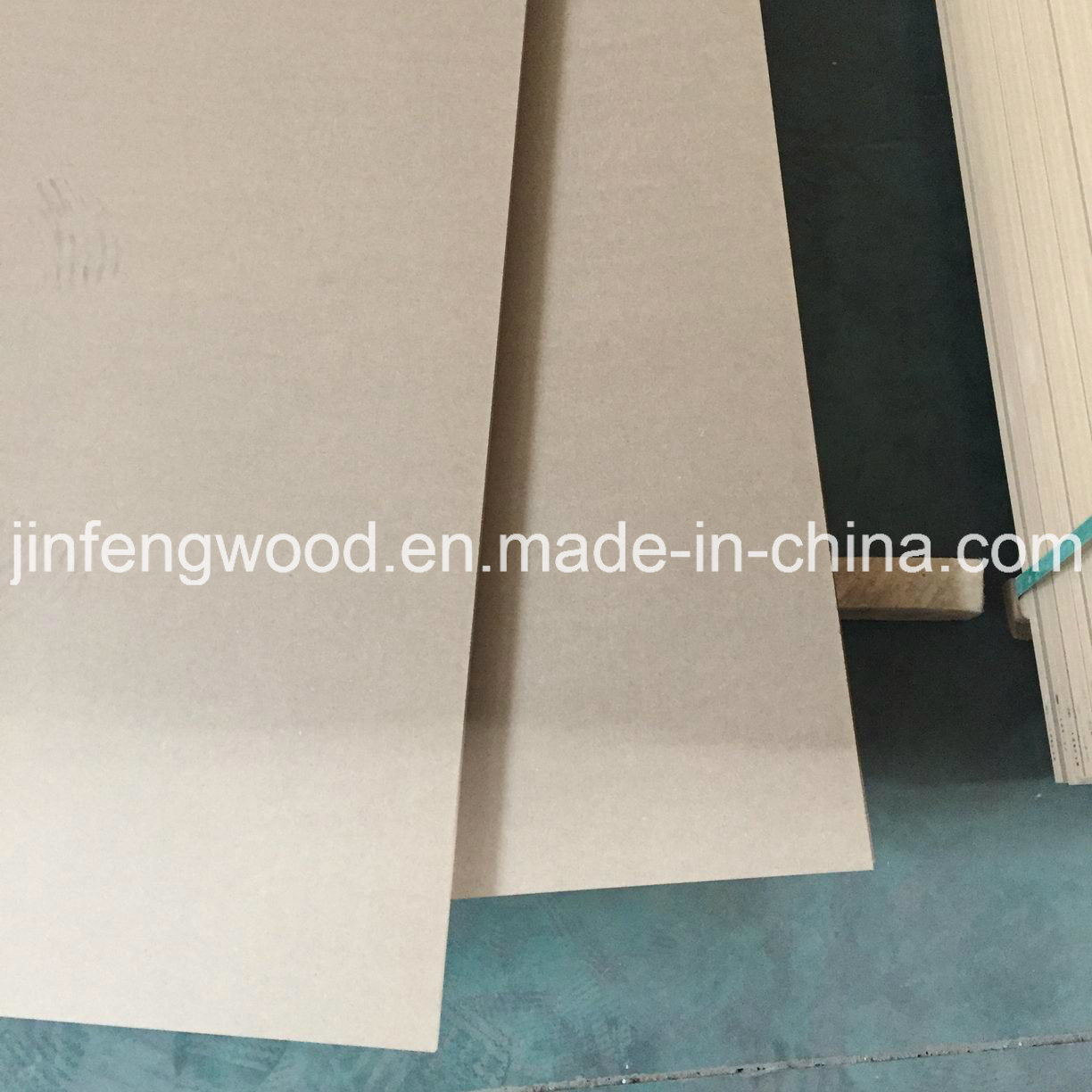 Plain MDF/Sanding MDF Medium Density Fiberboard Raw Plain MDF pictures & photos