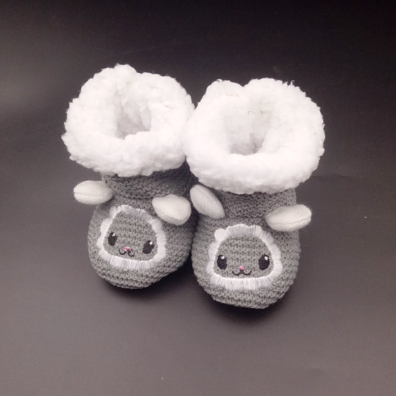 China Factory-Direct Selling Crochet Cartoon Pattern Baby Shoes ...