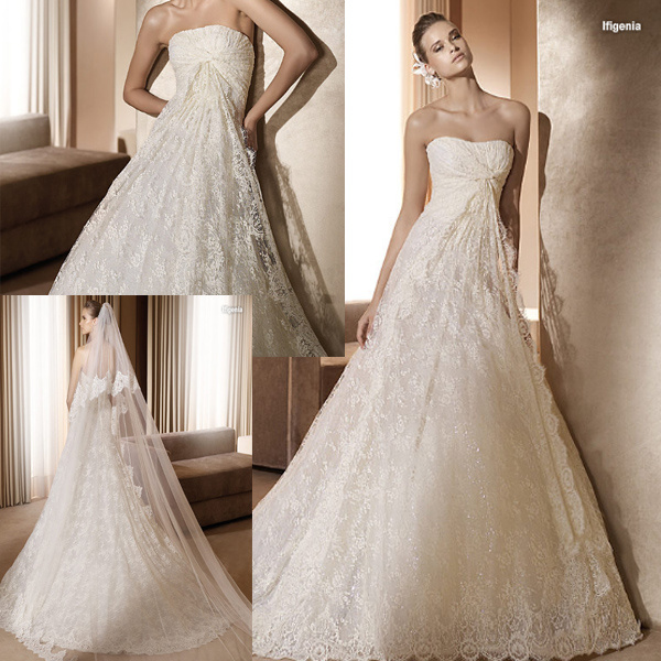 China Stunning French Lace Wedding Gown -111165