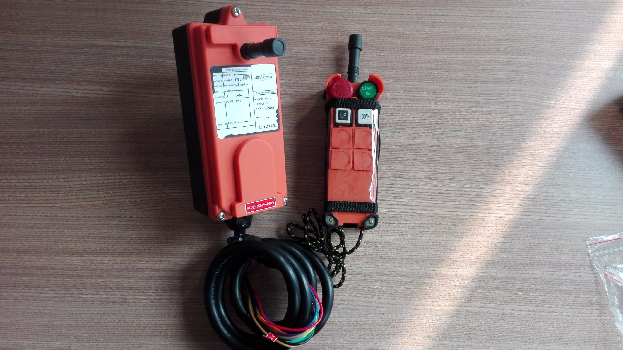 China F21-2D Industrial Wireless Crane Parts Remote Controller ... on