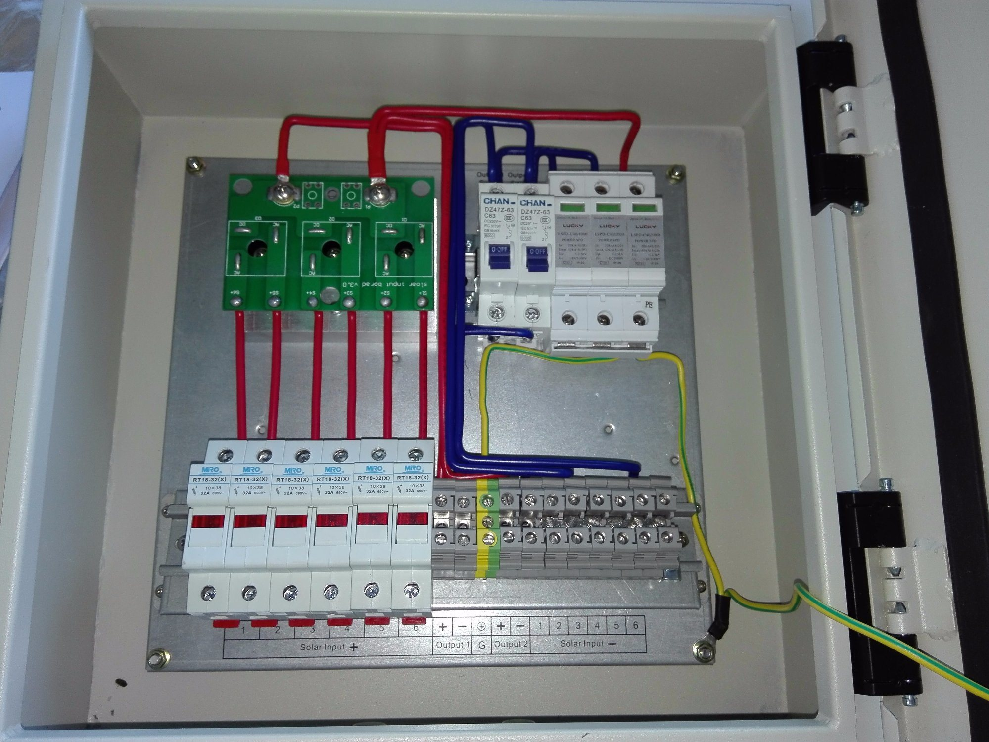 Solar Panel Wiring Box Great Installation Of Diagram Diy Spod China Pv Arrays Combiner 4 In 1 Out Dc Junction Rh Fs