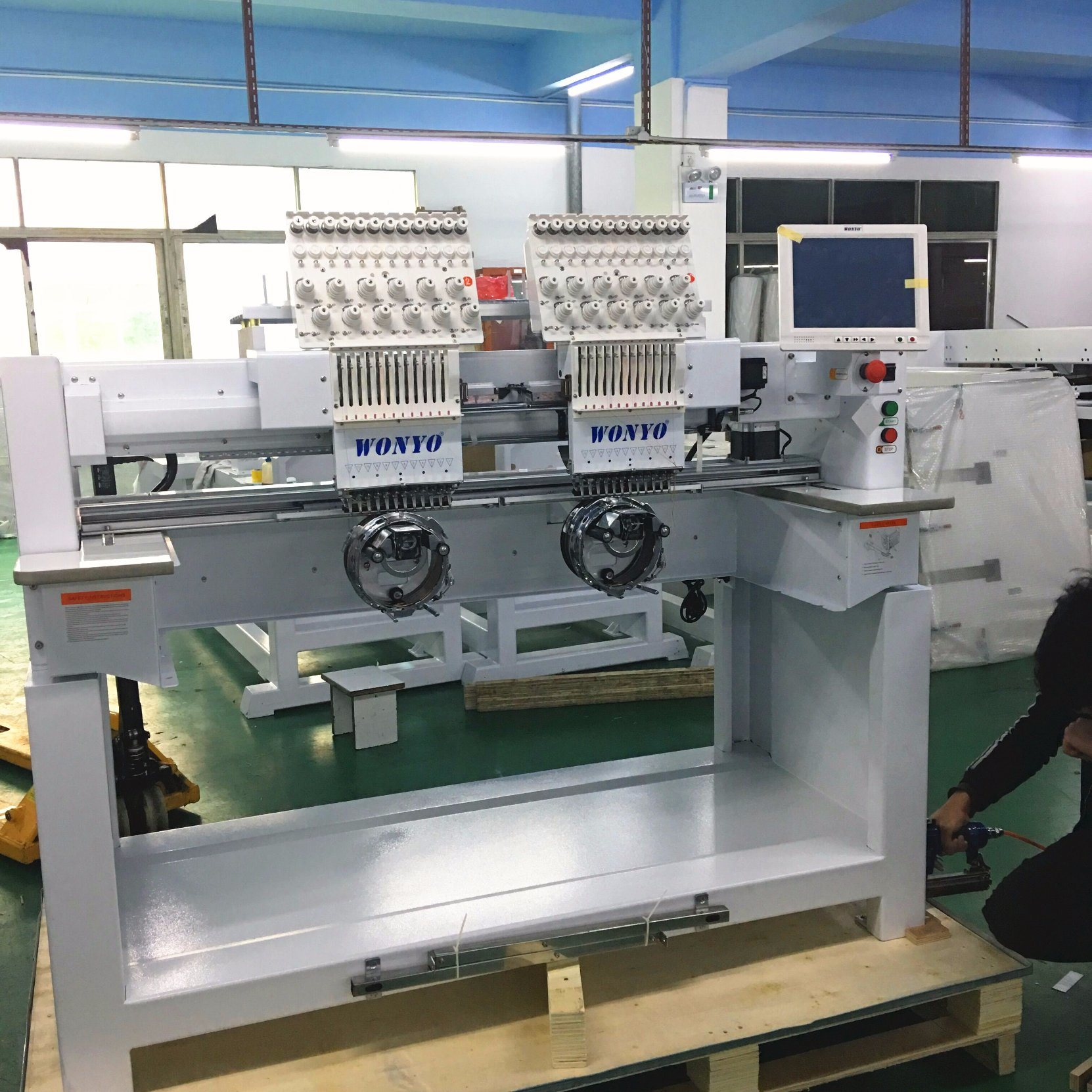 Used Embroidery Machines >> China 2 Head Used Cap Embroidery Machines In South Korea China
