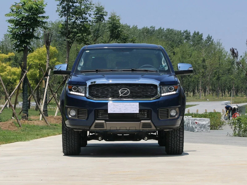 [Hot Item] Best Sale China 4 Wheel Driving Diesel Mt Pickup Car with Isuzu  Engine