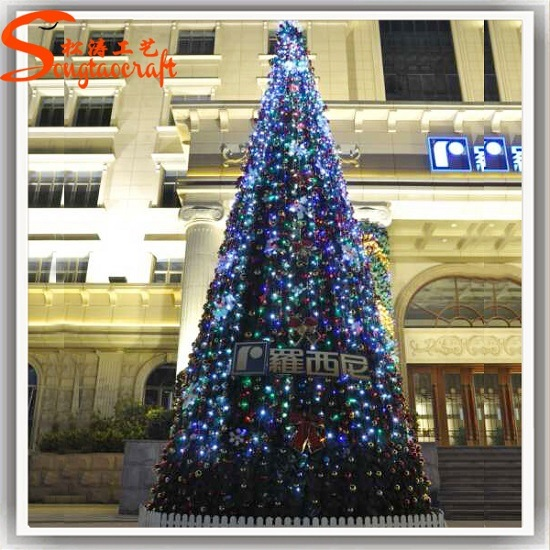 New Design Landscape Artificial Christmas Ornaments Tree