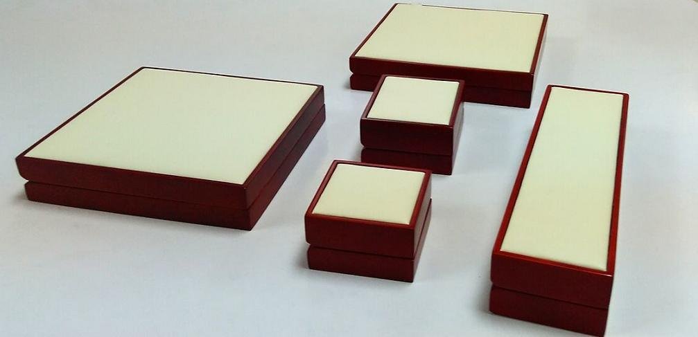 a Set Jewelry Wooden Box pictures & photos