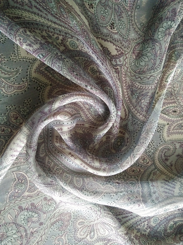 Silk Viscose Blend Chiffon Fabric High Fashion Fabric