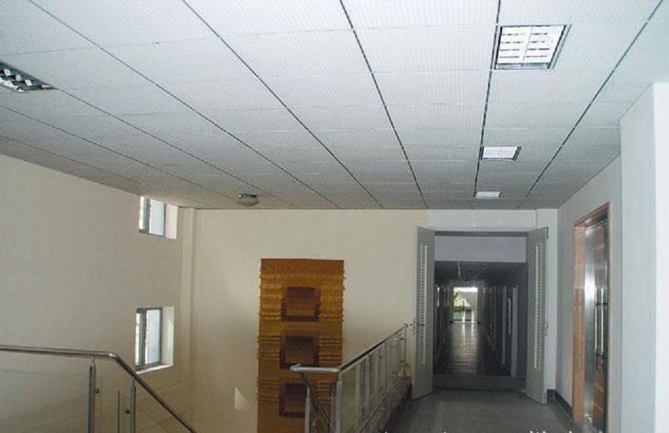 China New Design Gypsum Ceiling Pvc False Roof Tiles China Pvc Gypsum Ceiling Board Ceiling Titles