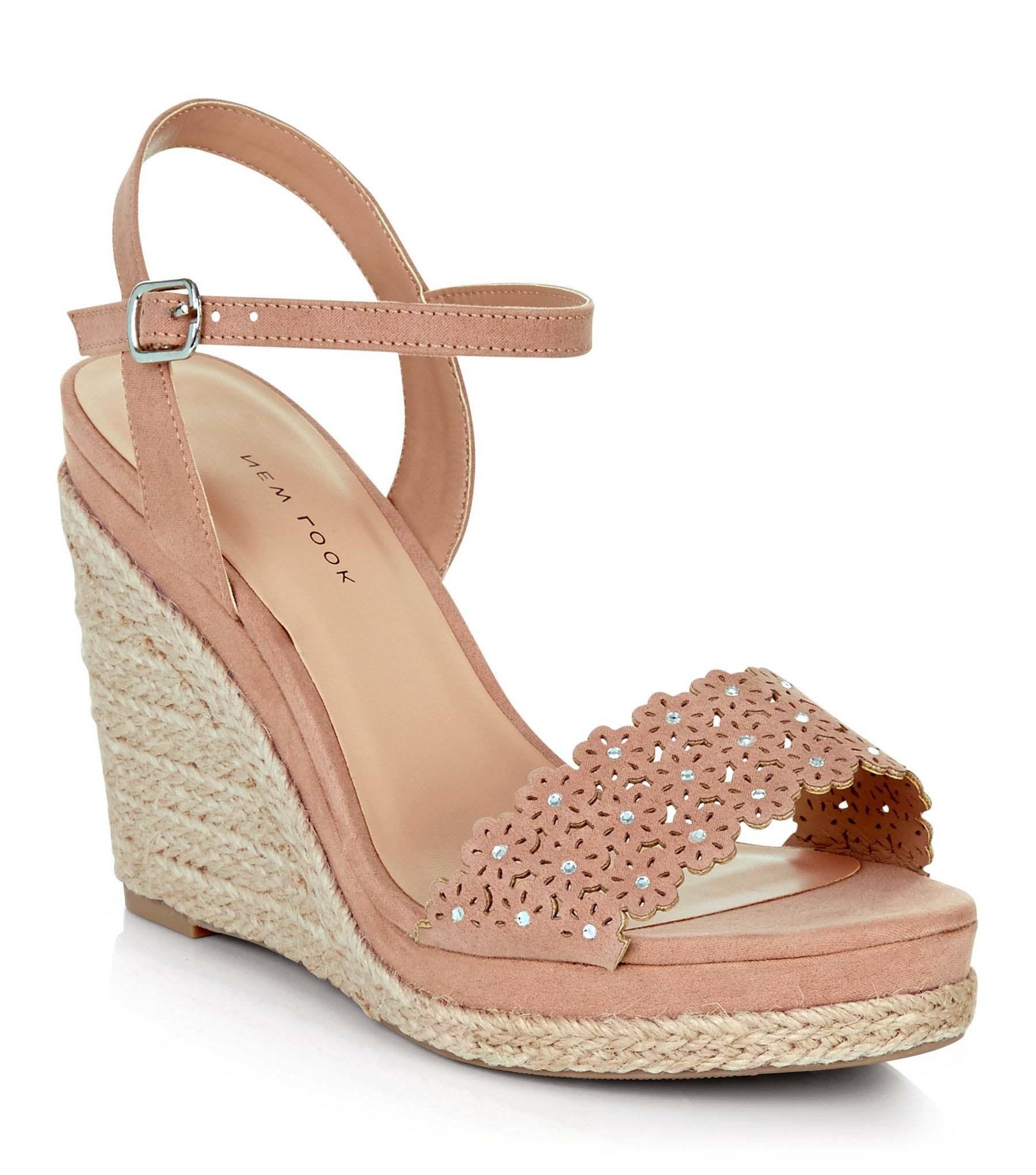 Design Sandals with Wedge Heel