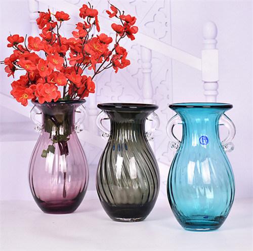 China Good Decoration Glass Craft Glass Vaseflower Vase In Home