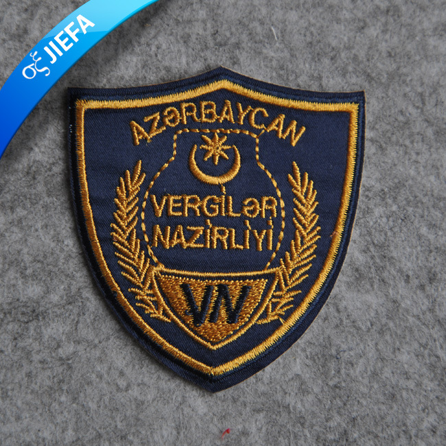 Fashion Custom Garment Embroidery Patch for Clothing pictures & photos