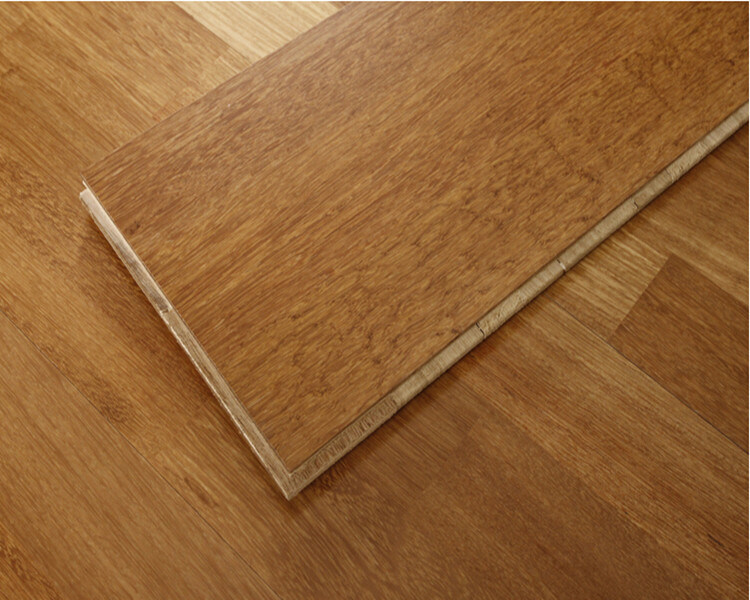 China 3 Layer Wide Plank Hand Scraped Hickory Wood Floors China