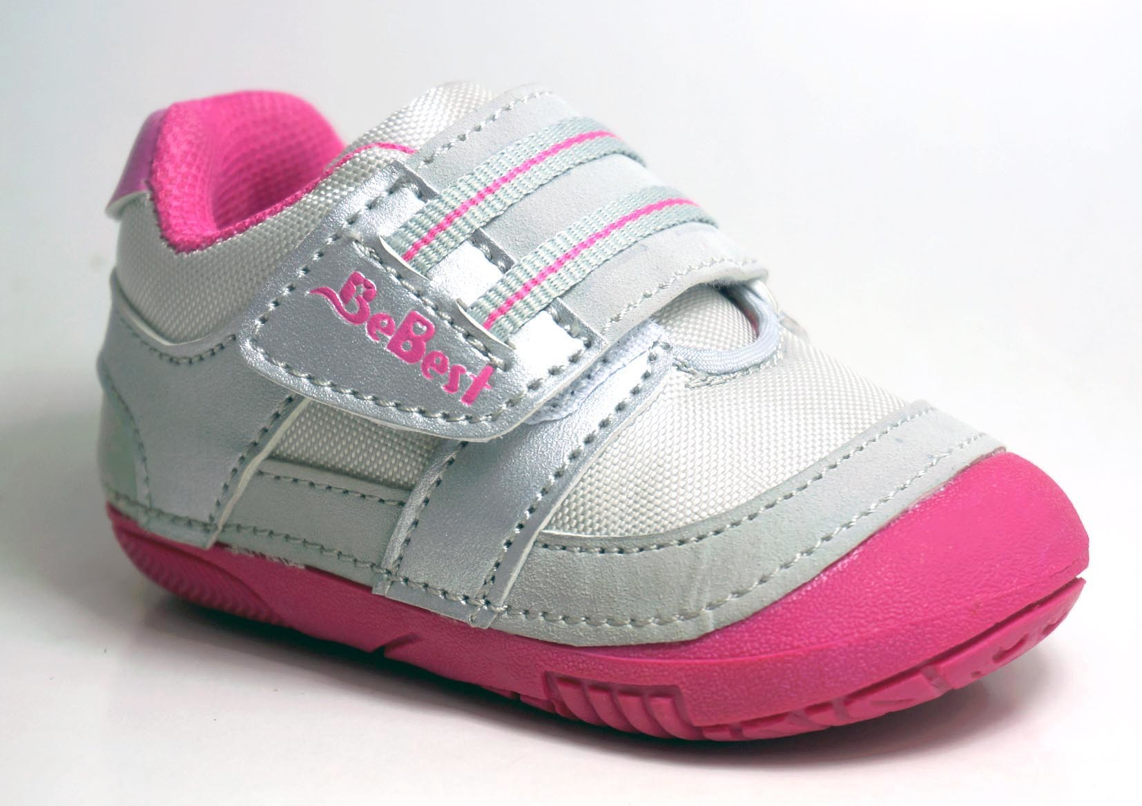China New Design Baby First Step Shoes