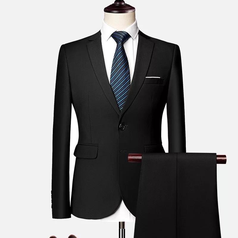 Men\u2019s Three Piece Suit
