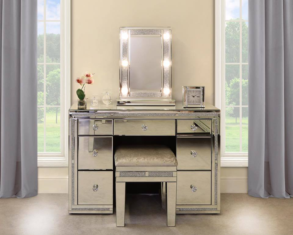 China Bedroom Furniture Crush Diamond Makeup Table Vanity Console Mdf Dressing Table China Wall Mirror Decorative Wall Mirror