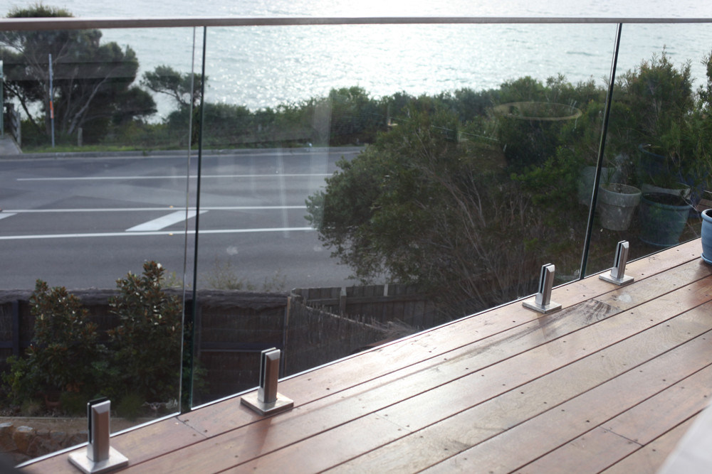 China Modern Glass Railing System For Deck China Glass