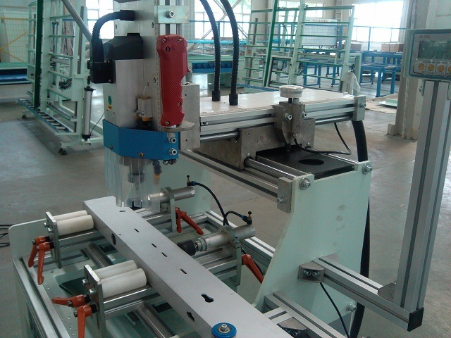 Aluminum Window Door Hardware High Speed Copy Router Machine pictures & photos