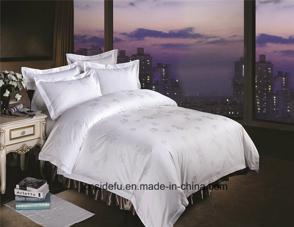 China Wholesale King Size Printed Hotel Bedding Set pictures & photos