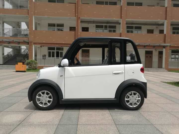 [Hot Item] First-Rate Right Hand Drive Electric Cars for Sale Made in China
