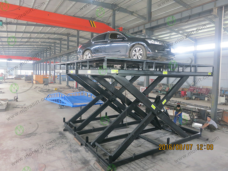 Scissor Car Lift with Revolving Turntable pictures & photos
