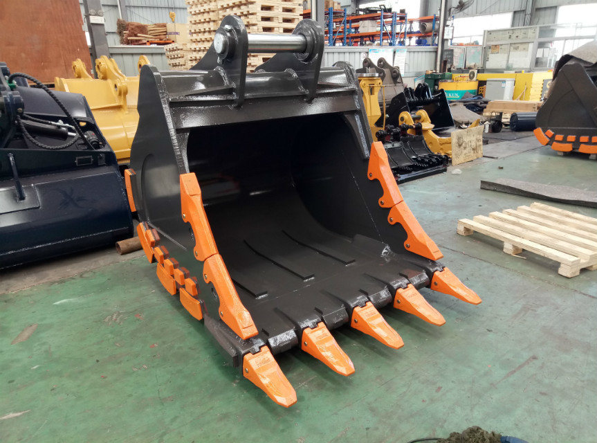 Excavator Attachments of The 30t Excavator Rock Bucket pictures & photos