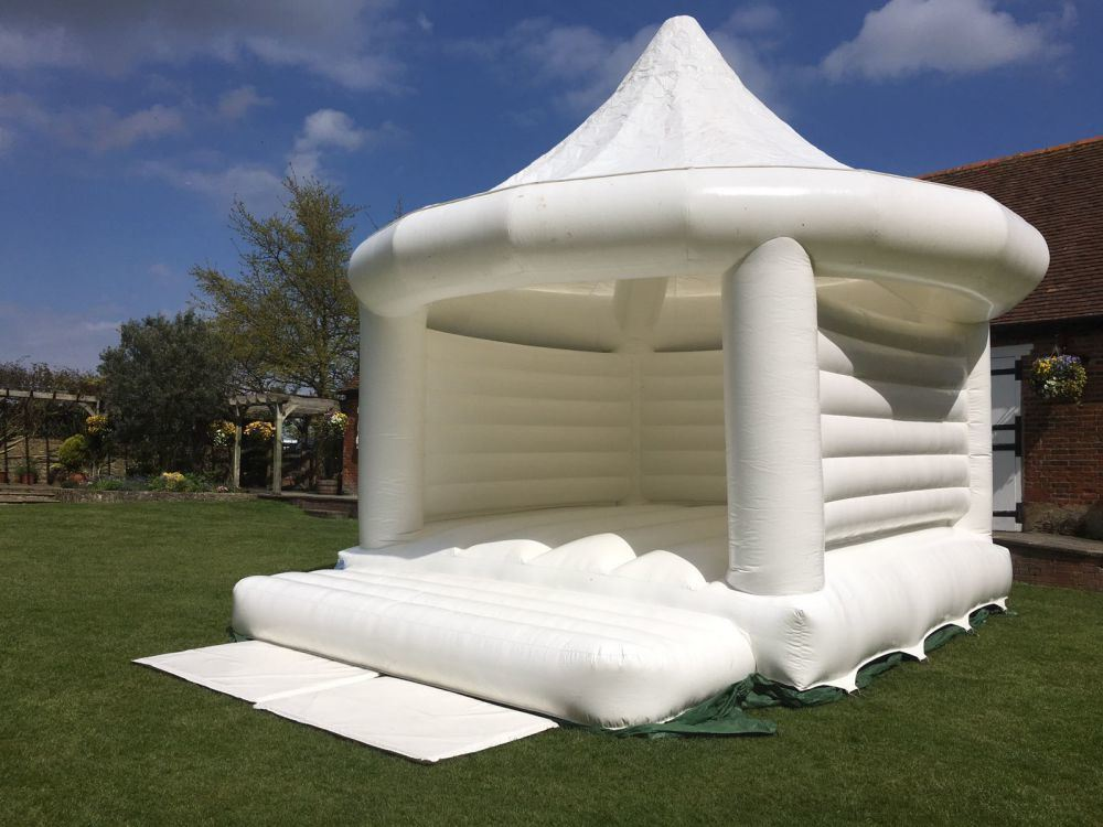 China Cheap Wedding Dome White Inflatable Jumping Bounce House For Sale Chb820 China Inflatable Bouncy House And Inflatable Bouncy Castle Price