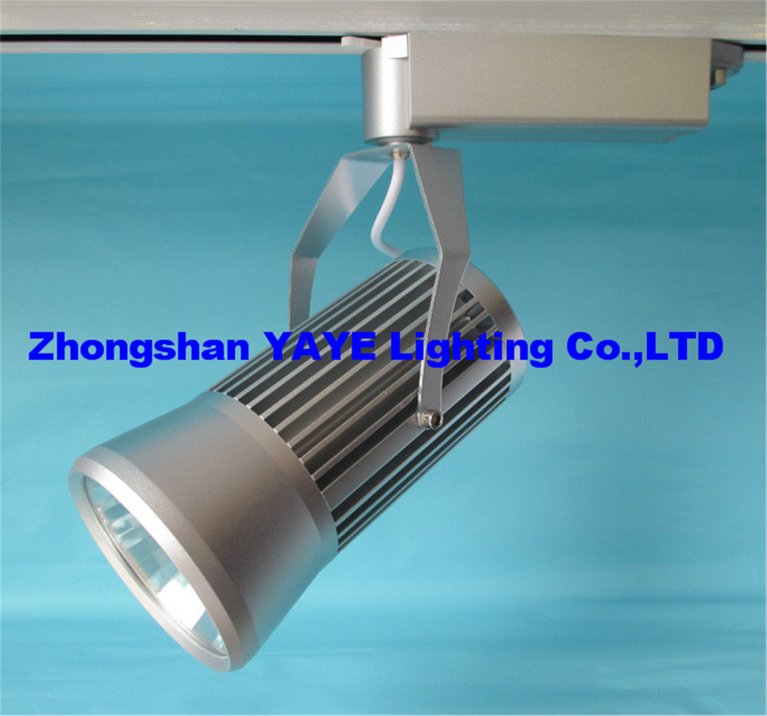 Hot item yaye hot sell competitive price cob 30w led track light with silver lamp body