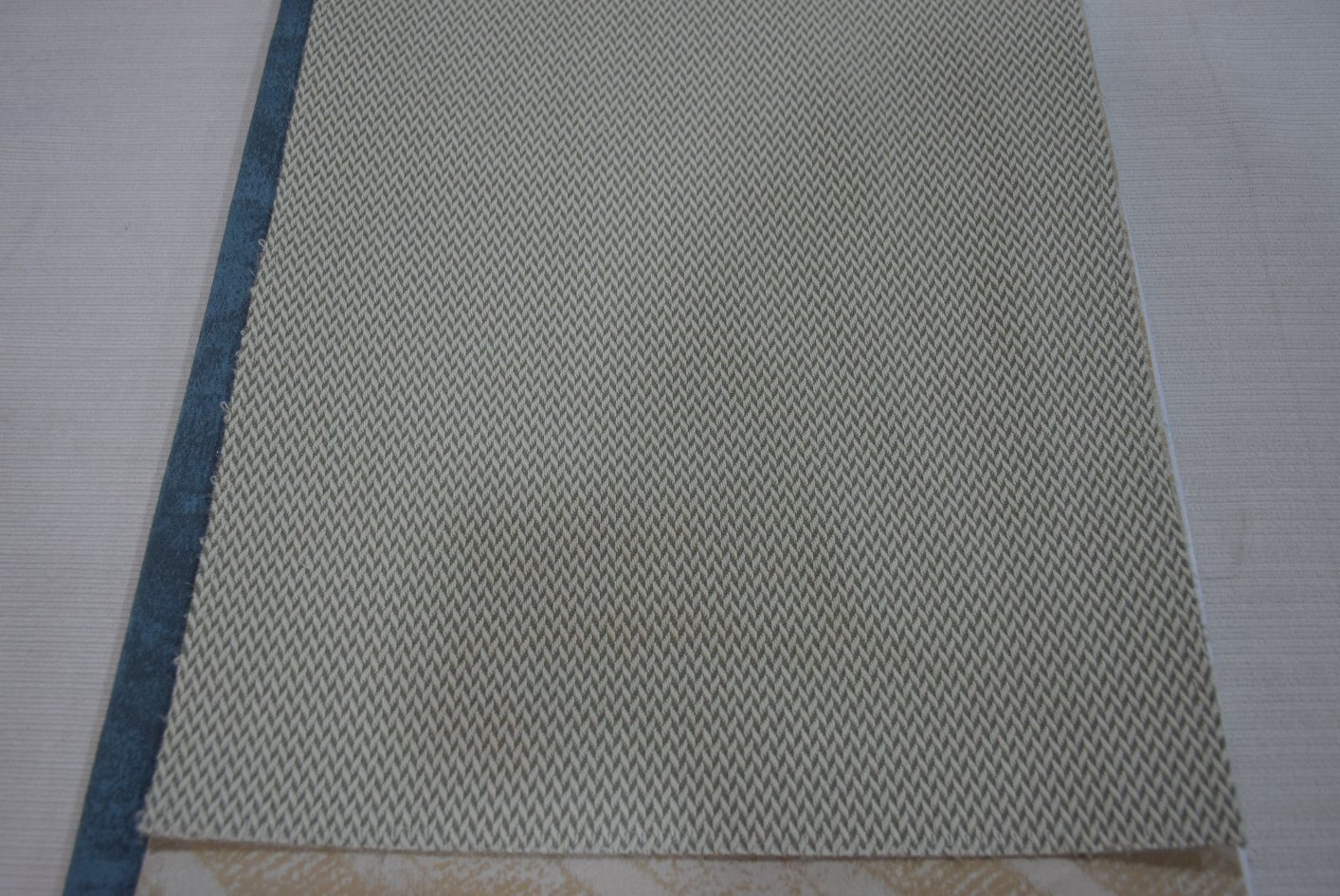 China Modern Appearance And Fabric Material Sofa Upholstery Fabric