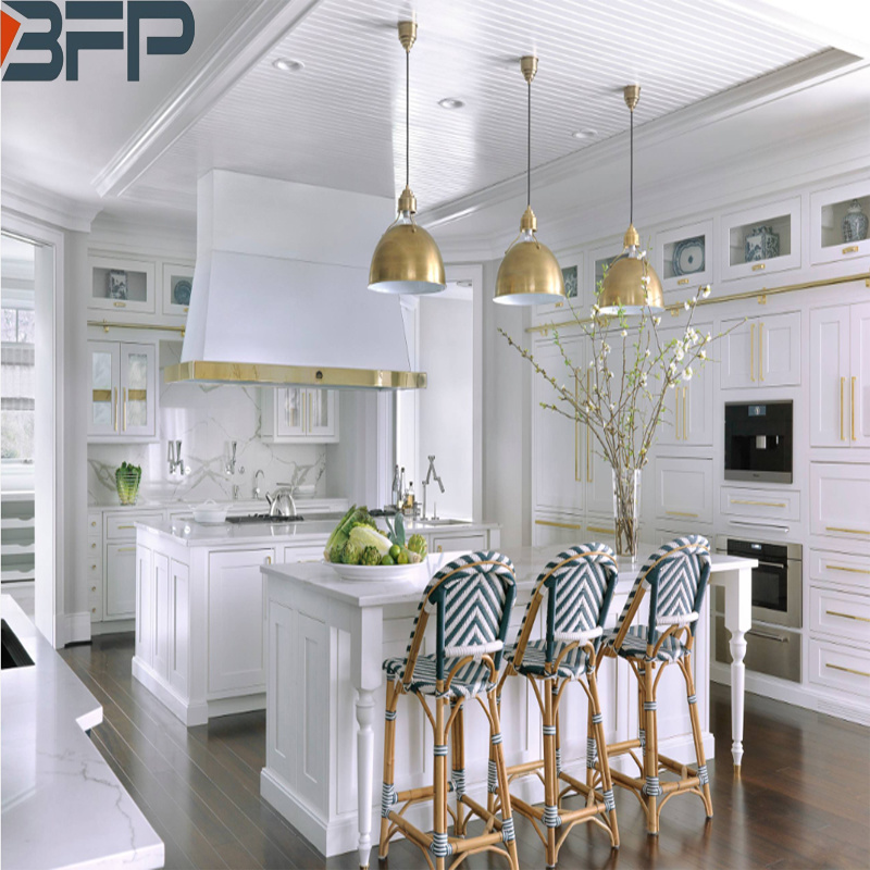 China Luxurious Modern American Style Kitchen Cabinets White Solid Wood Cupboards China Furniture Kitchen Cabinets