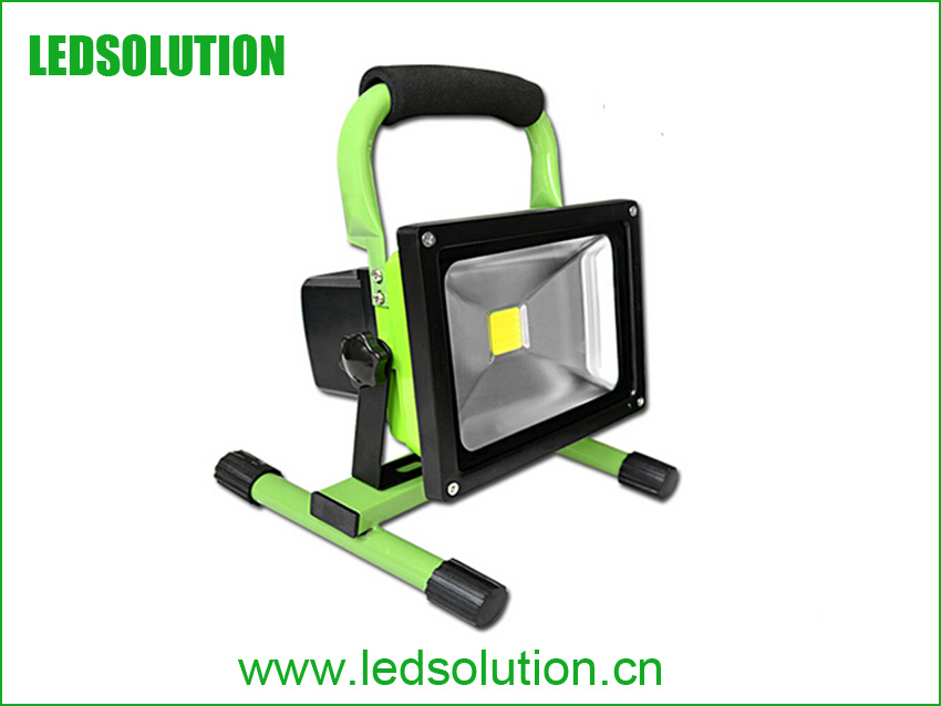 Waterproof 6hrs Portable Rechargeable 30W LED Flood Light pictures & photos