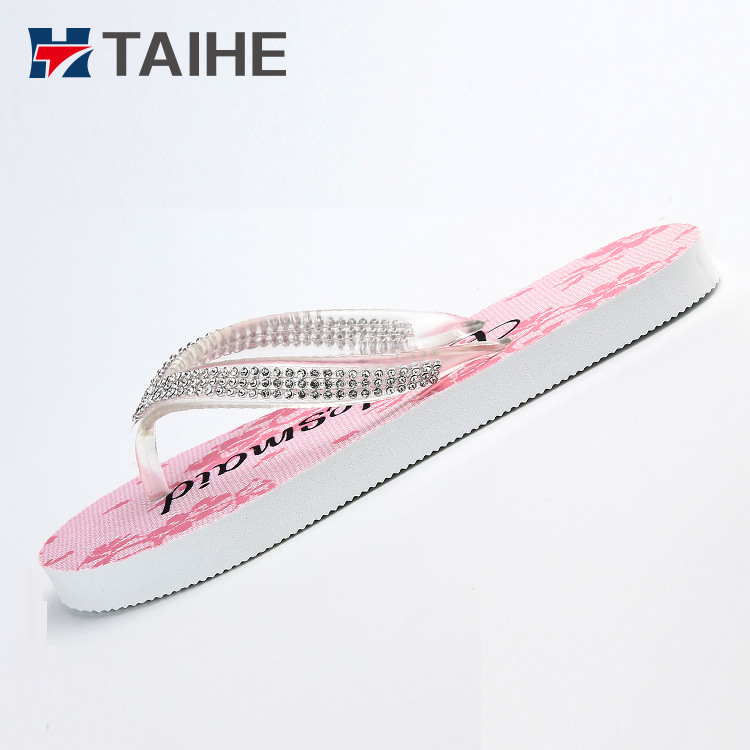 94818b2af09a4f China Custom Shiny Diamond Sole Beach Wedding Party Wedding EVA Flip ...
