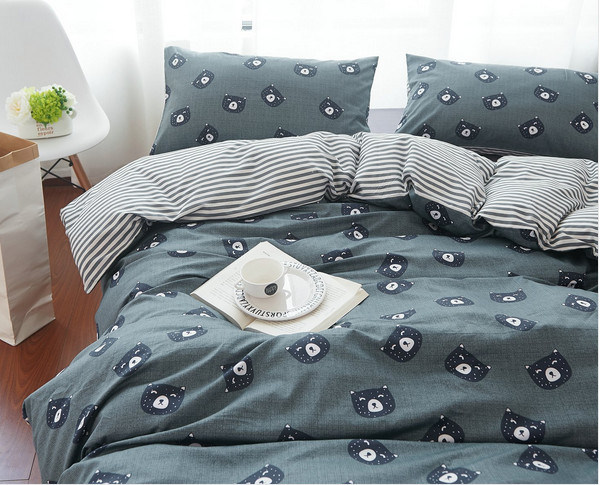 Deep Color Europe Style Hot Selling Bedding Set Four PCS pictures & photos
