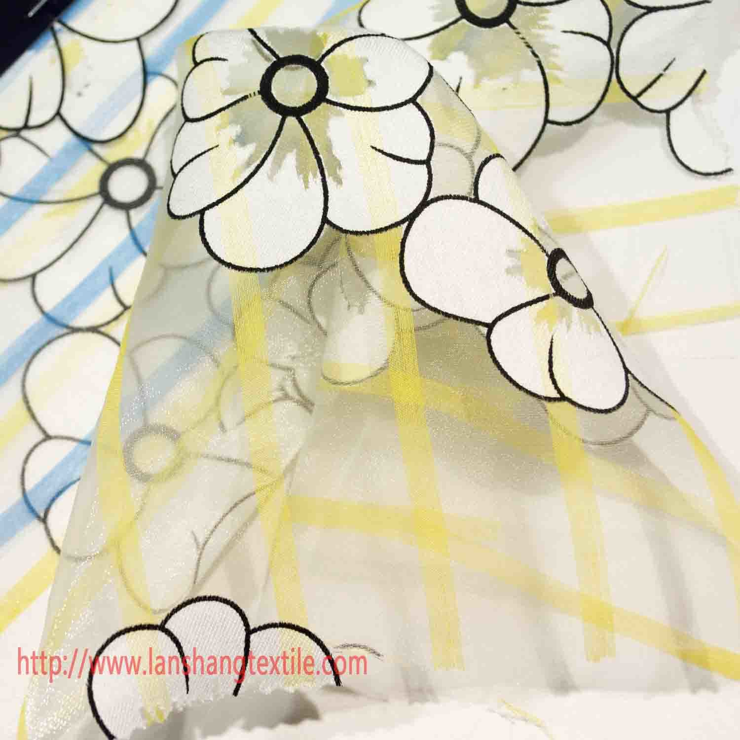 Polyester Fabric Flower Jacquard Fabric Yarn Dyed Fabric Chemical Fiber for Dress Full Dress Children Performance Wear Home Textile pictures & photos