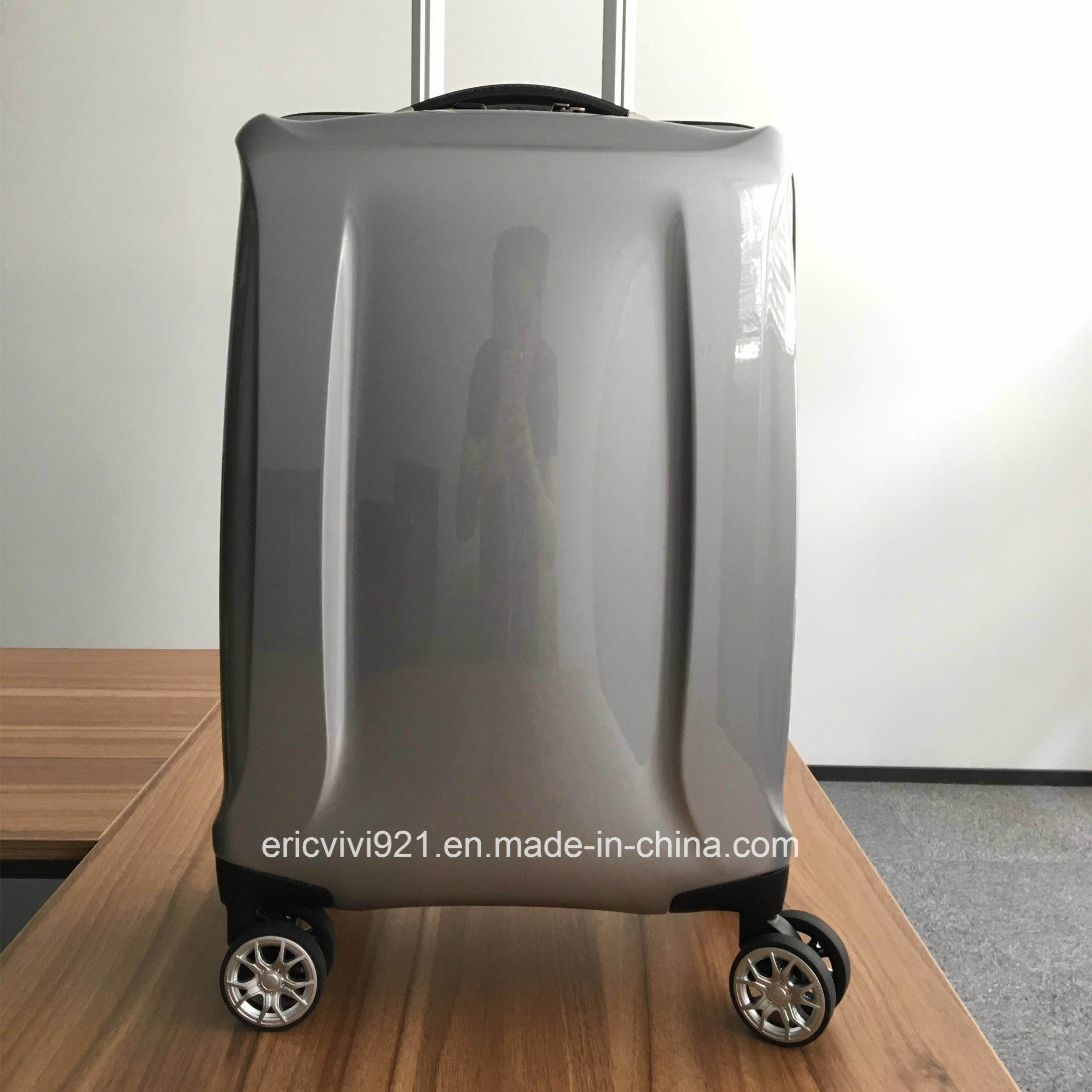 4a5dbe567 China Bo-M1606 100% Polycarbonate Two Tone Colors Shell New Design Trolley  Luggage - China Luggage