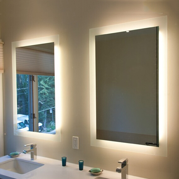 China Led Lighted Backlit Vanity Mirror Touch Screen