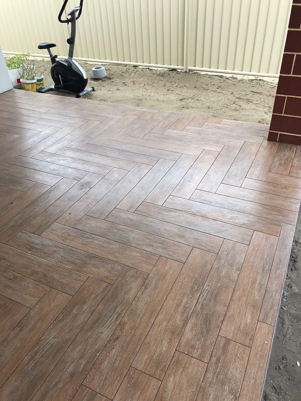 6x32 Wood Look Porcelain Floor Tile
