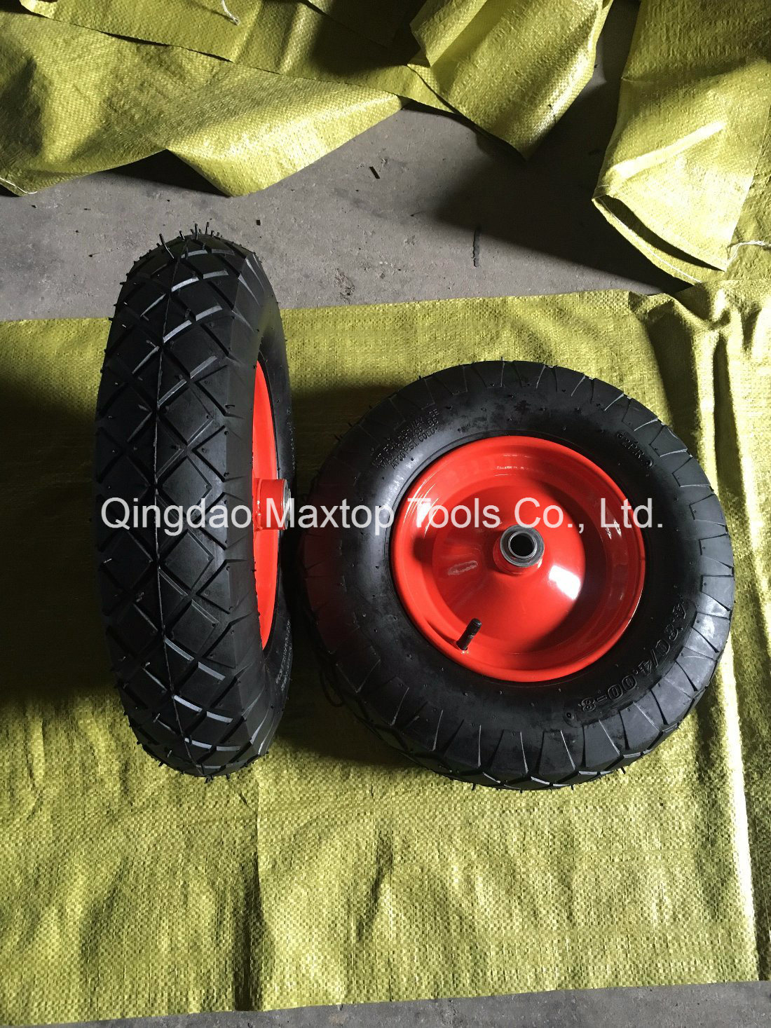 4.00-8 Maxtop Inflatable Rubber Wheel / Wheelbarrow Wheel pictures & photos
