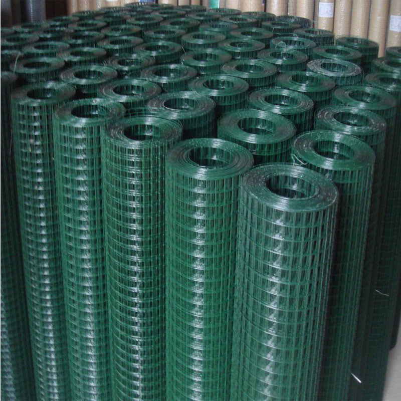 China Hot Dipped Galvanized or PVC Coated Welded Wire Fencing Panel ...