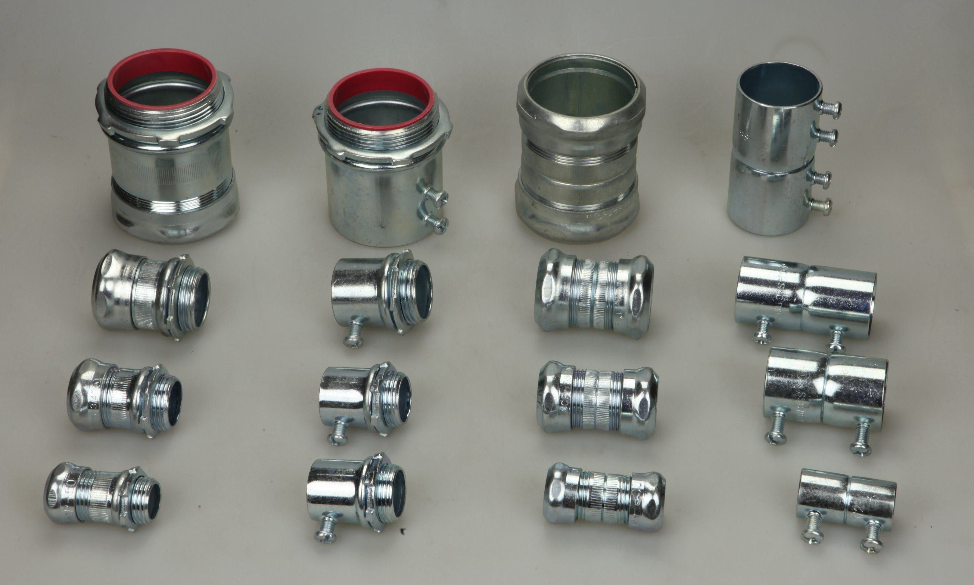 EMT Connector Set Screw Steel pictures & photos