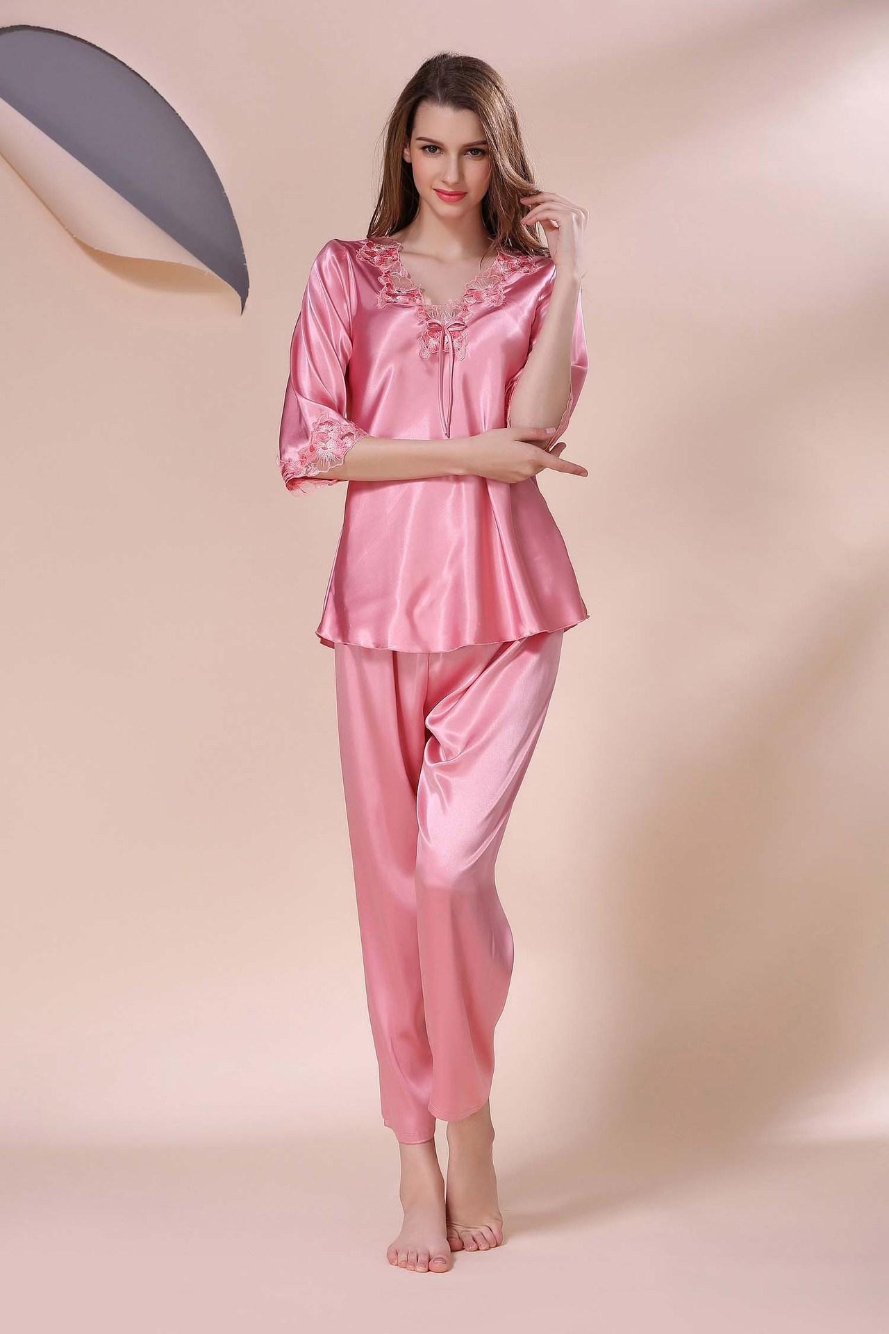 75a2c3e44ba China Sexy Lingerie Sleepwear Nightwear Women Silk Pajamas SY10306905 - China  Pajamas