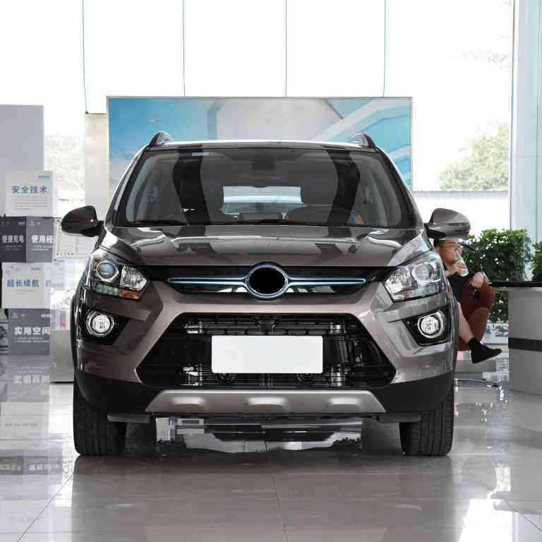 Hot Item 2019 New Style Hot Selling 4 Wheel 5 Seats Chinese Car Electric Suv Vehicles Car