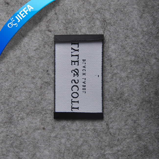 Custom Factory Price Rectangular Woven Label for Clothing pictures & photos
