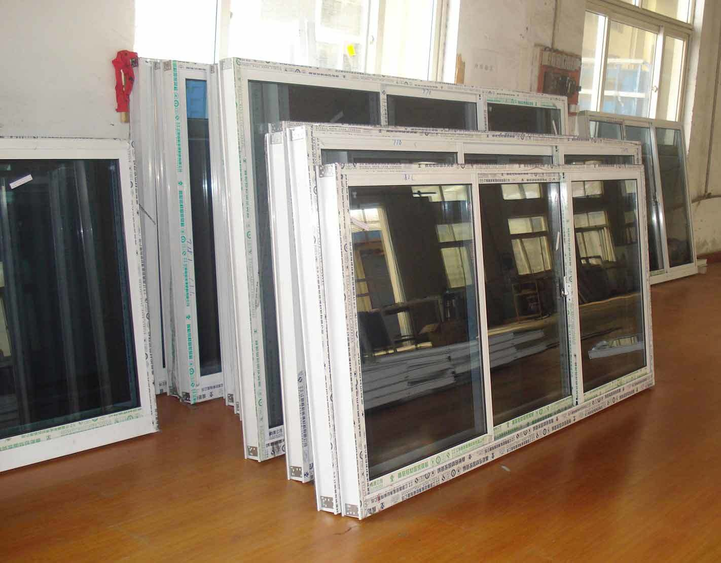 Aluminum Siliding Windows and Doors pictures & photos