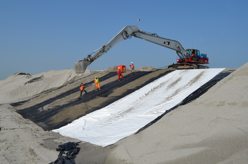 Geomembrane for Environmental Projects Waterproof pictures & photos