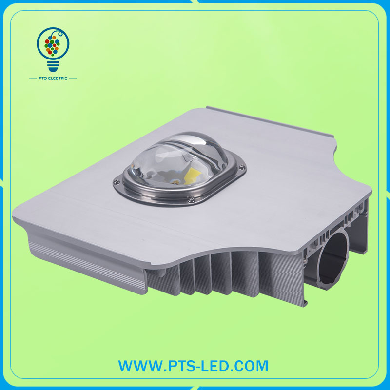 150W IP67 15kv 120lm/W LED Street Light
