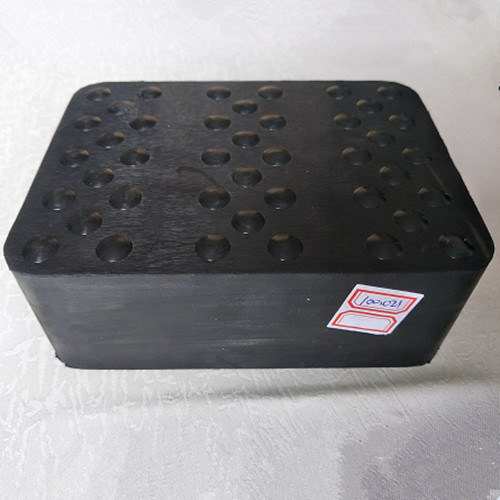 Square Solid Molded Pads Rubber Blocks for Car Trolley pictures & photos