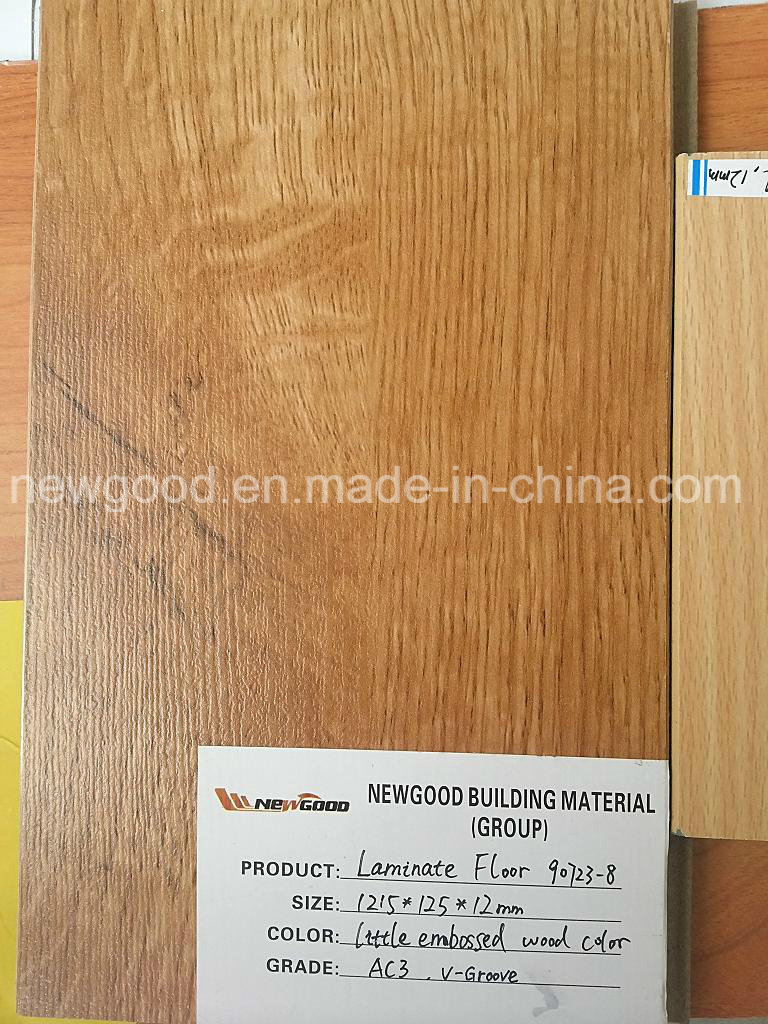 China 1215 126 12mm Quality Laminate Flooring Ac3 Grade Middle Embossed Surface V Groove Edged