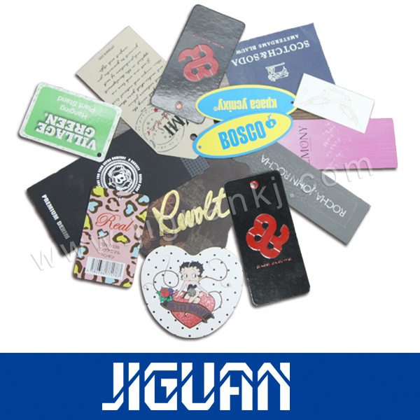 [Hot Item] New Style Color Thick Plastic Hang Tag Printing with Hole