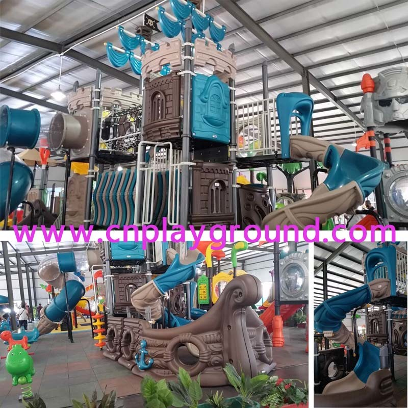 Large Pirate Ship Amusement Park Outdoor Playground Equipment (HK-5005A) pictures & photos